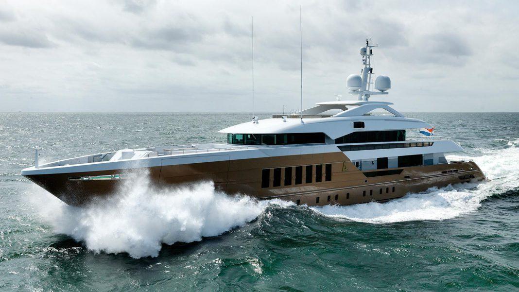 Heesen Yachts Azamanta sea trials