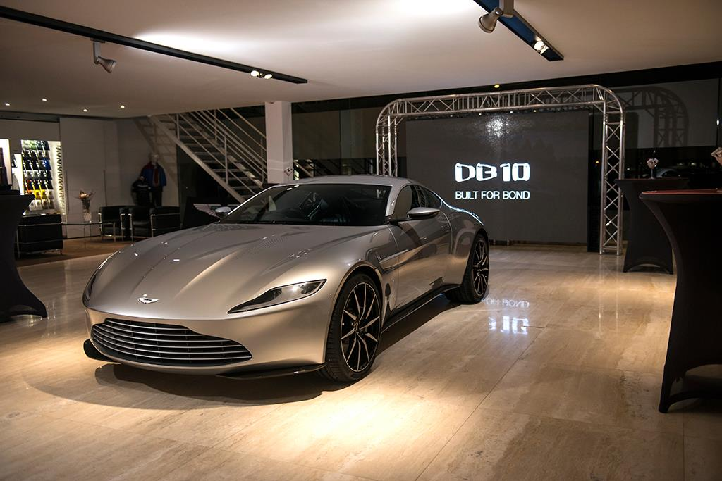 James Bond S Aston Martin Db10 Auctions For 3 4 Million Gtspirit