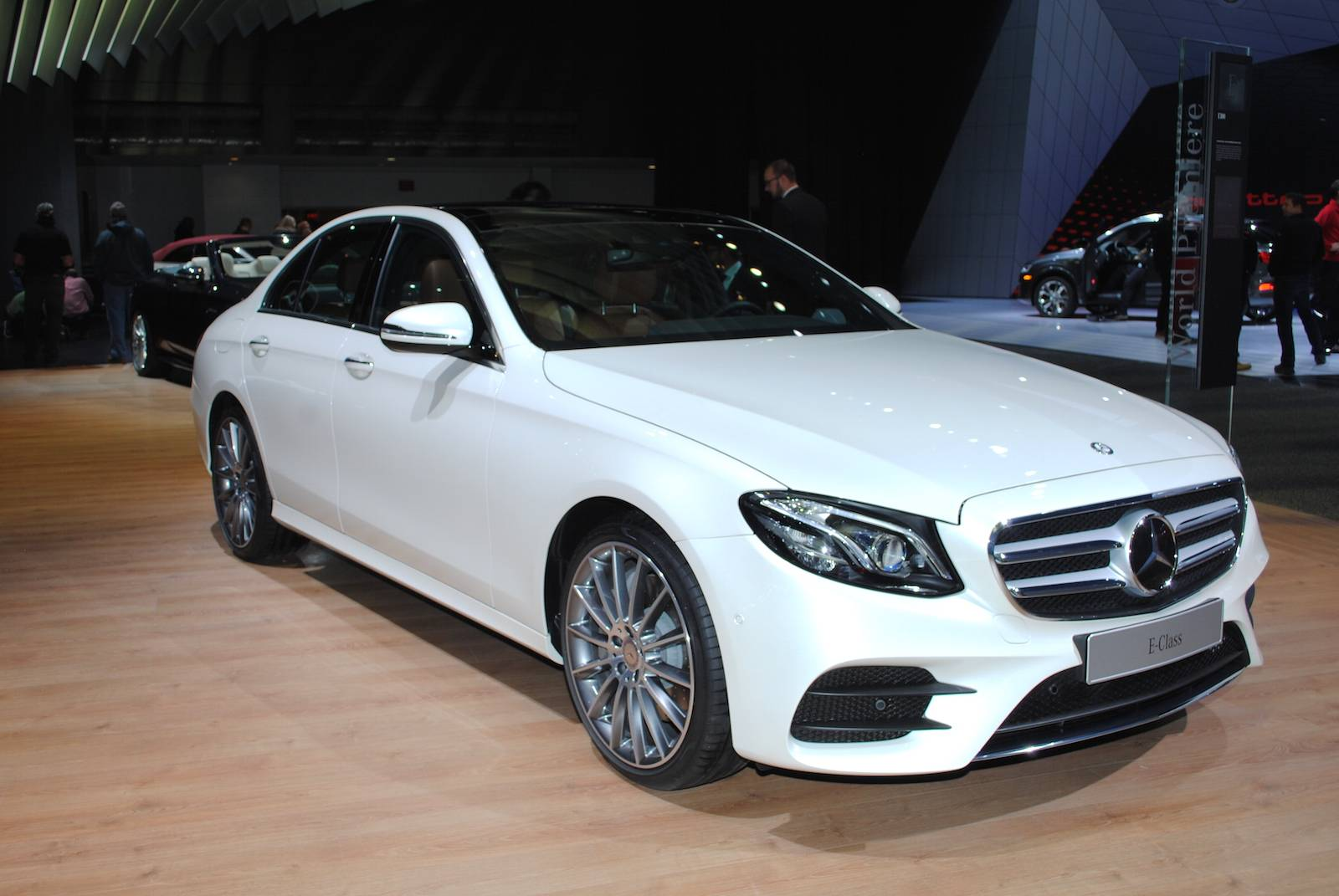 White Mercedes-Benz E300