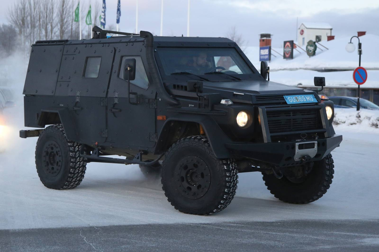 Mercedes benz g class lapv spy shots gtspirit for Mercedes benz vehicle