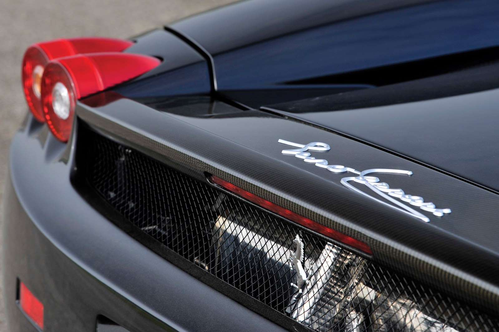 Ferrari Enzo Carbon Fibre Rear Spoiler