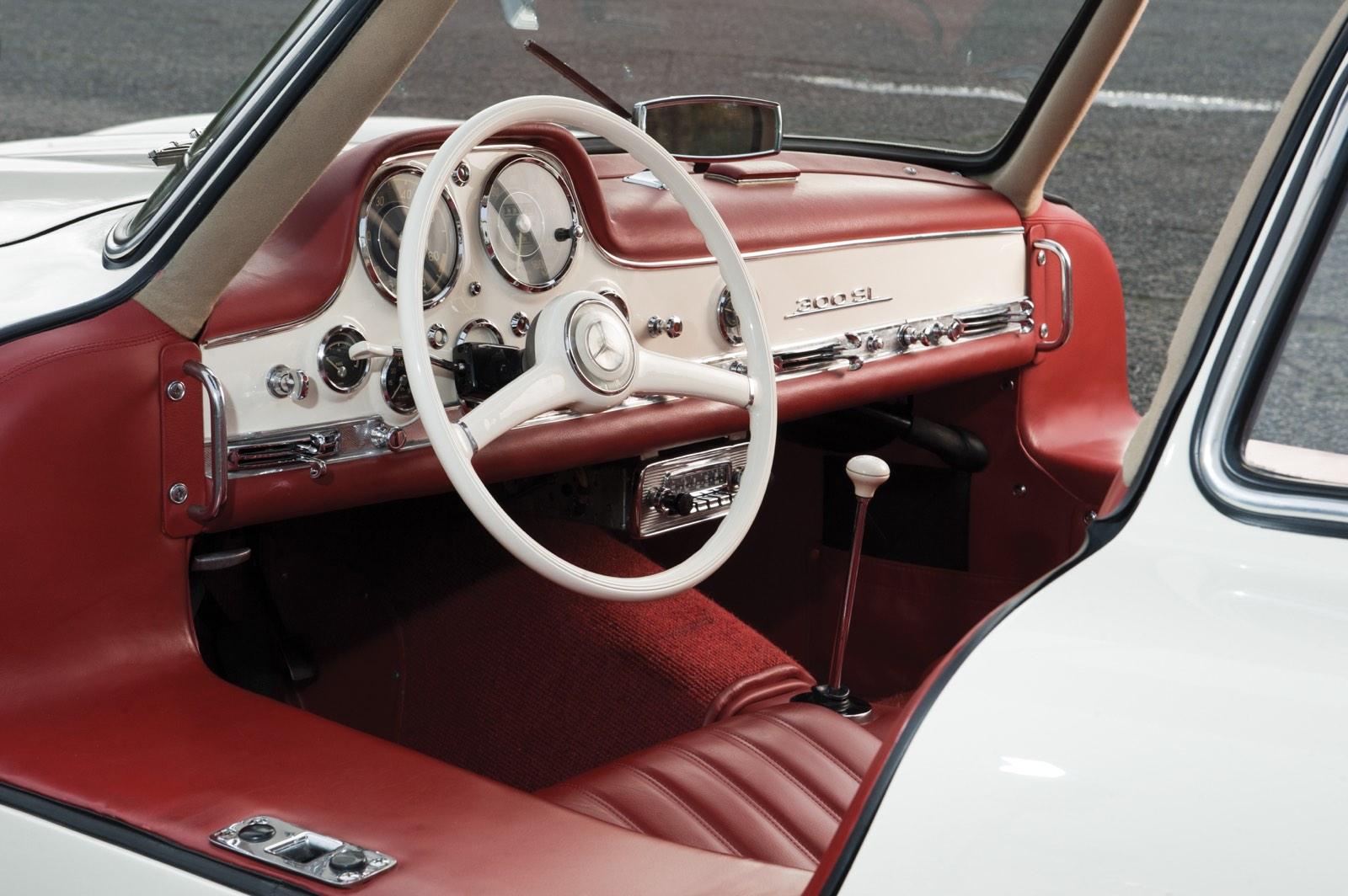 Mercedes-Benz 300 SL Gullwing Red Interior