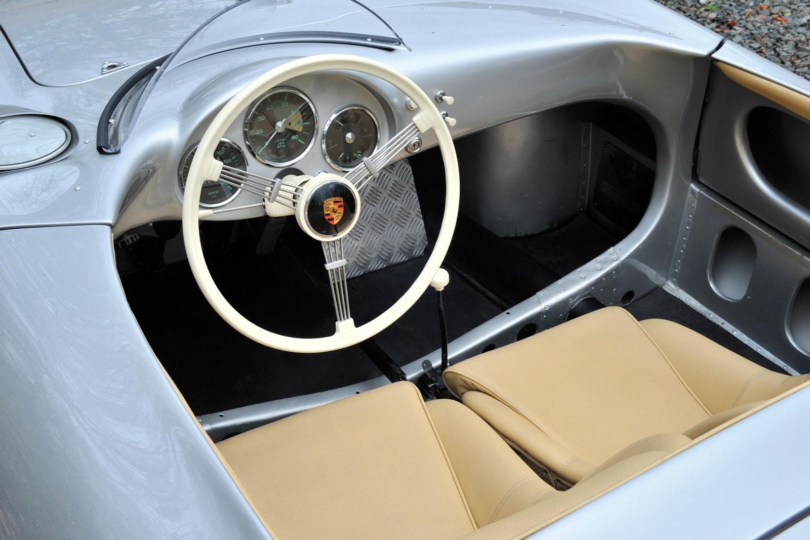 Porsche 550 Spyder Interior