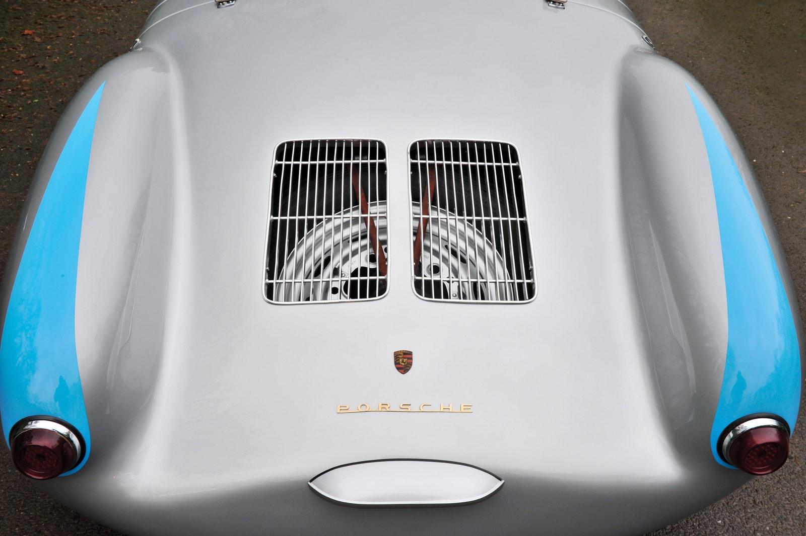 Porsche 550 Spyder Rear Vent