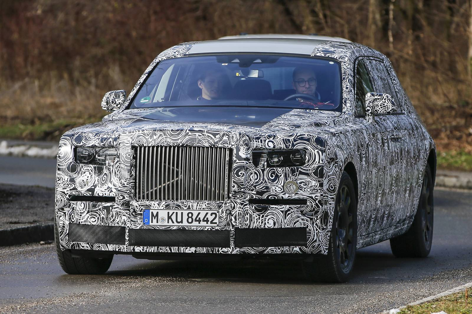 Rolls-Royce Phantom Successor First Spy Shots - GTspirit