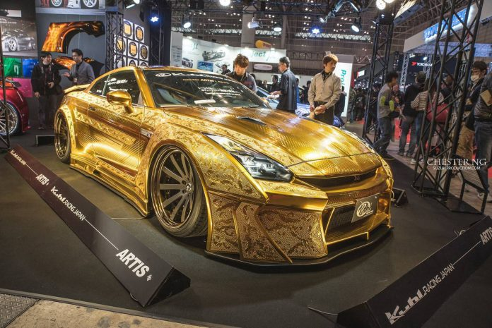 kuhl racing reveals gold plated nissan gt r at tokyo auto salon 2016 gtspirit. Black Bedroom Furniture Sets. Home Design Ideas