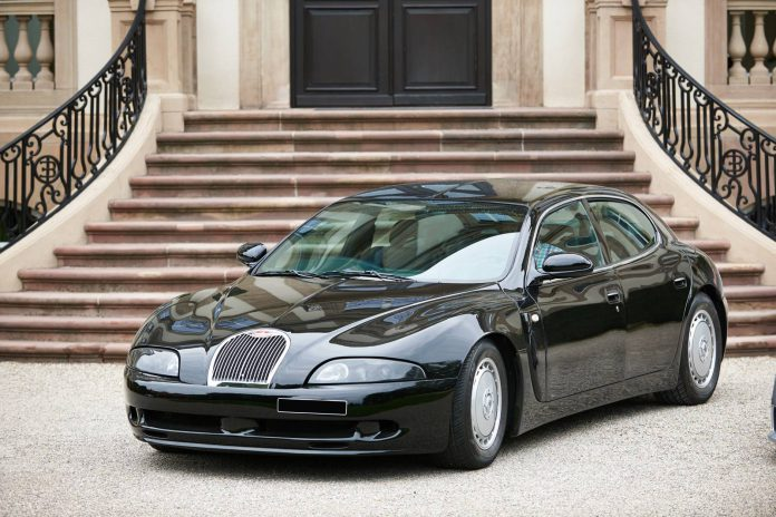 213 1999 Bugatti EB112 berline
