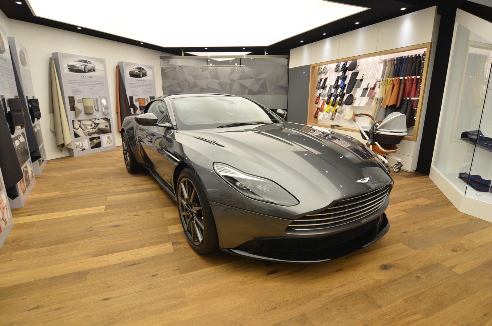 Aston Martin DB11 at Geneva4