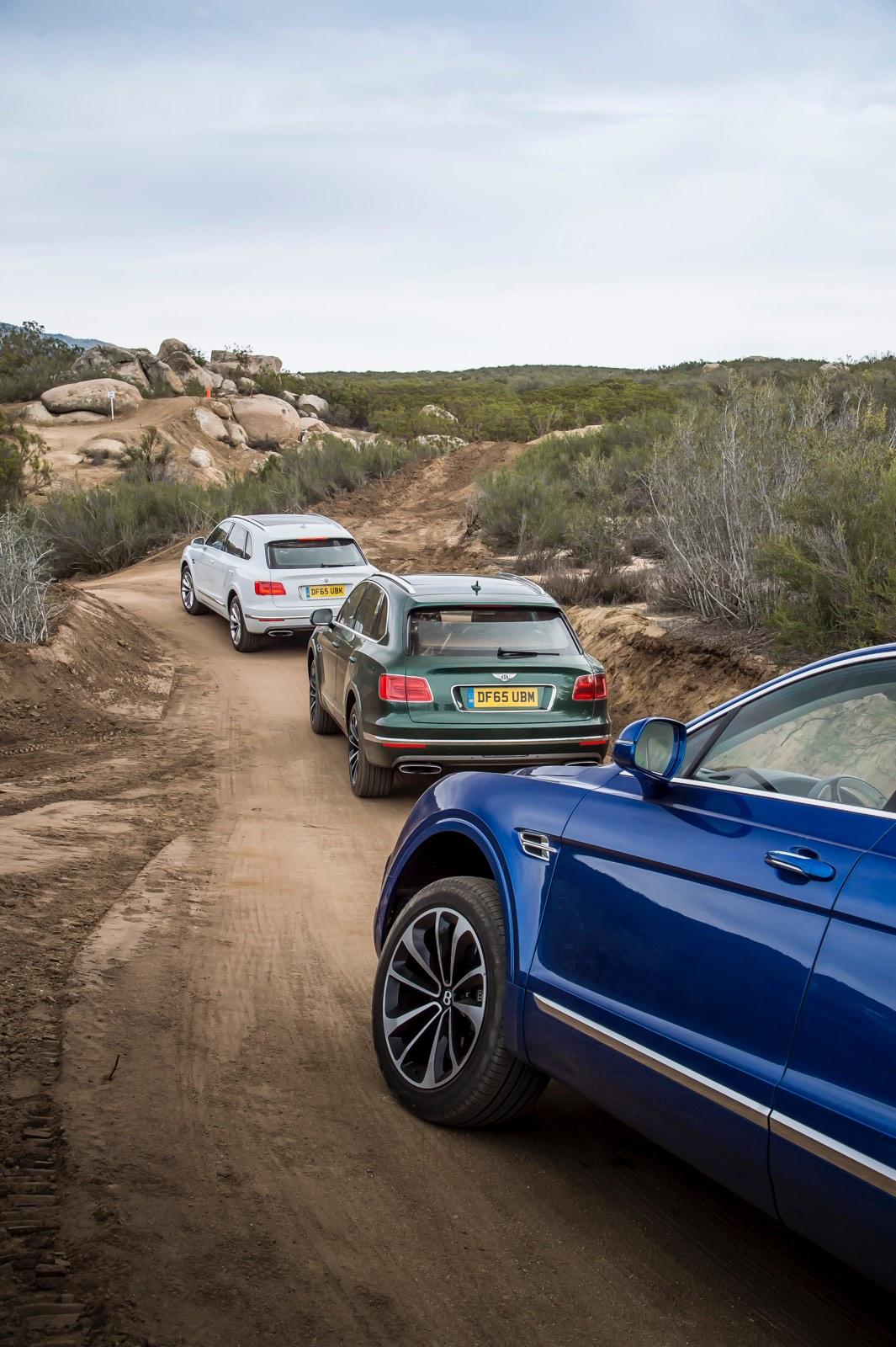 Bentley Bentayga Group Off Road