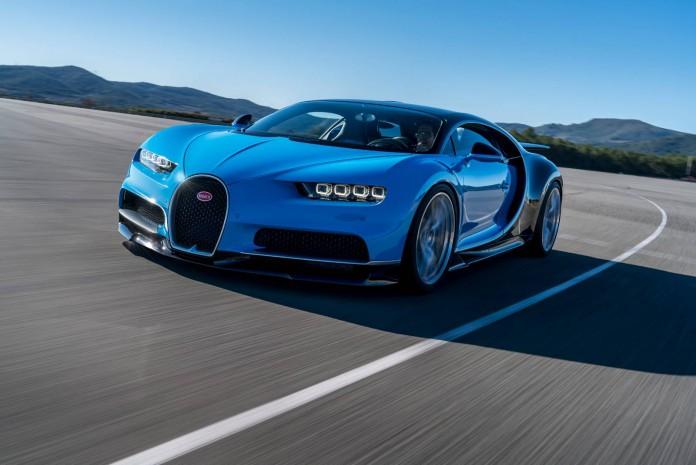 Bugatti Chiron Driving Shots (9)