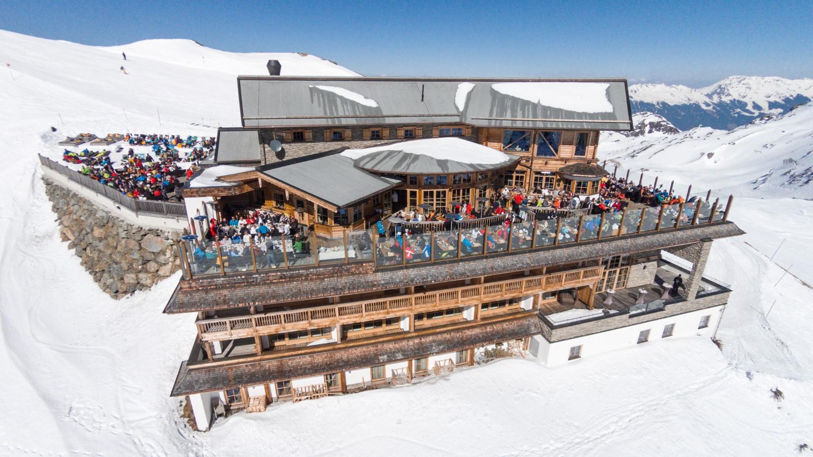 Wedelh tte ski lodge austria review gtspirit for Ski cottage