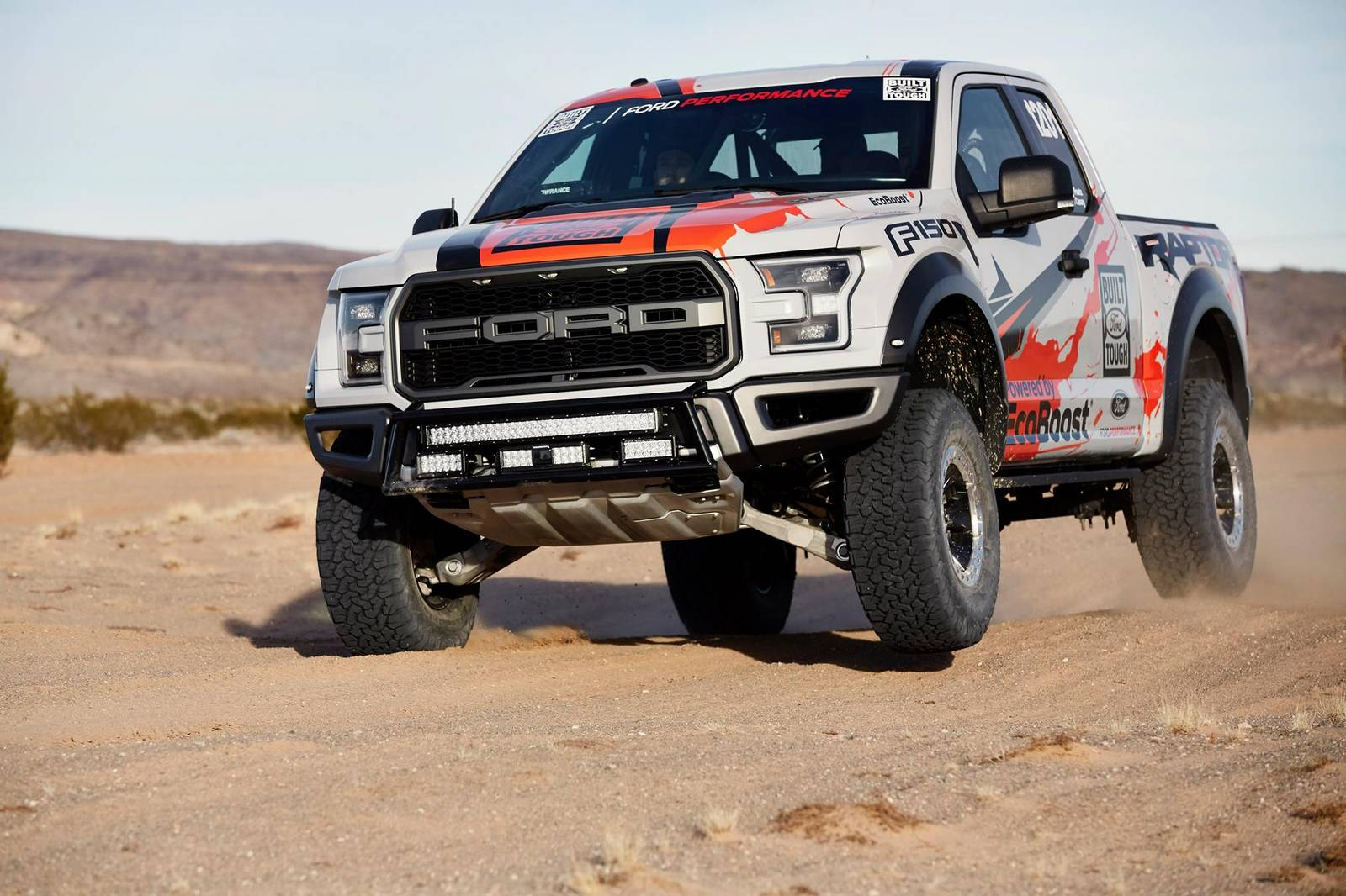 Photo Of The Day 2017 Ford F 150 Raptor Stuns In The