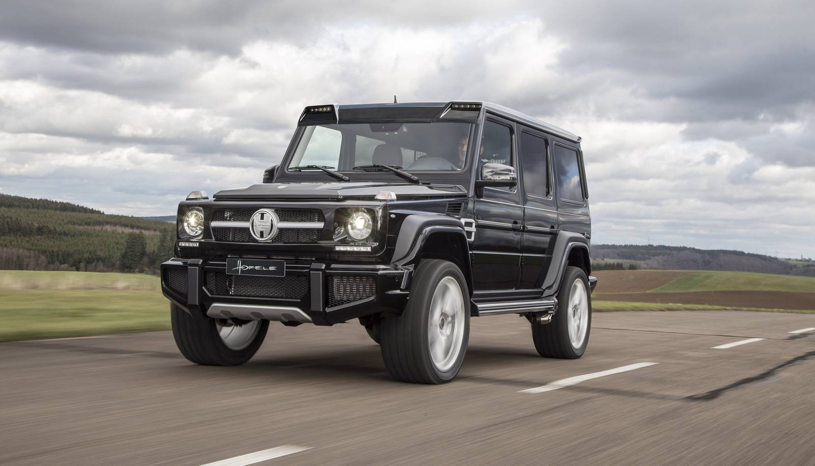 Exclusive hofele design g cross redefines the mercedes for Mercedes benz g class pictures