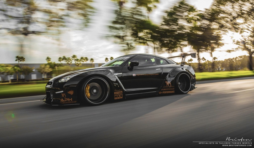 double liberty walk nissan gt r on brixton forged wheels gtspirit. Black Bedroom Furniture Sets. Home Design Ideas