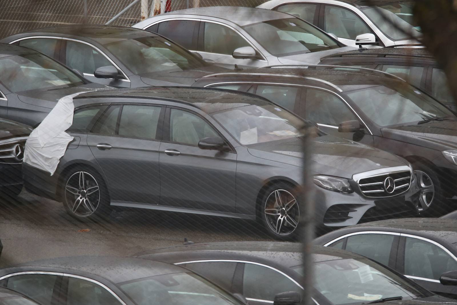 Official: 2017 Mercedes-Benz E-Class Estate Naked Spy Shots