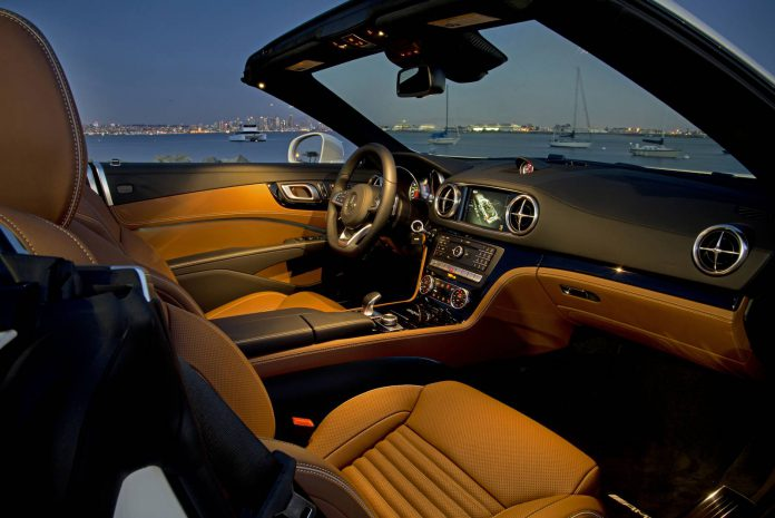 Polar White Mercedes-Benz SL 450 Interior