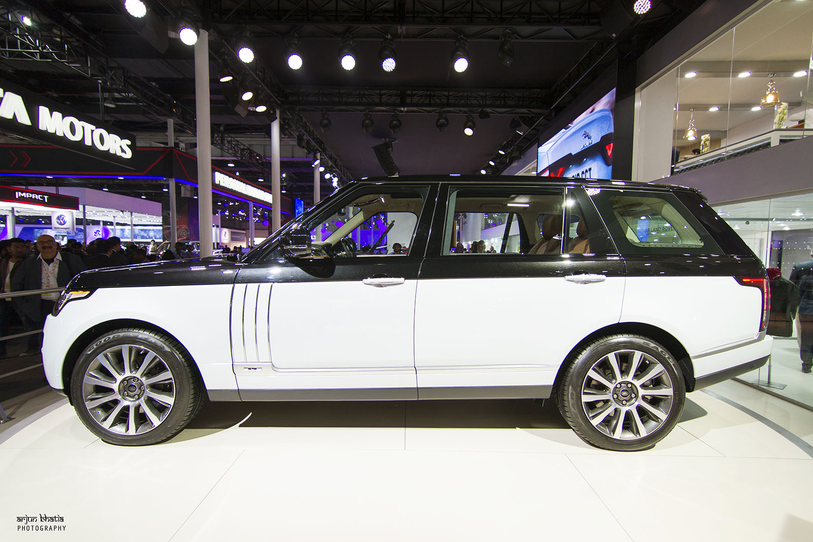 Range Rover SV Autobiography Delhi Auto Expo 2016 1