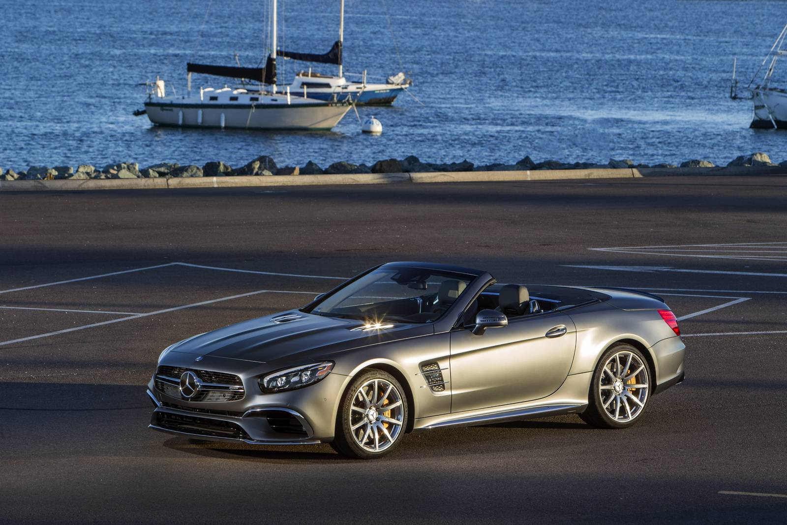 2017 mercedes benz sl review gtspirit for Mercedes benz sl550