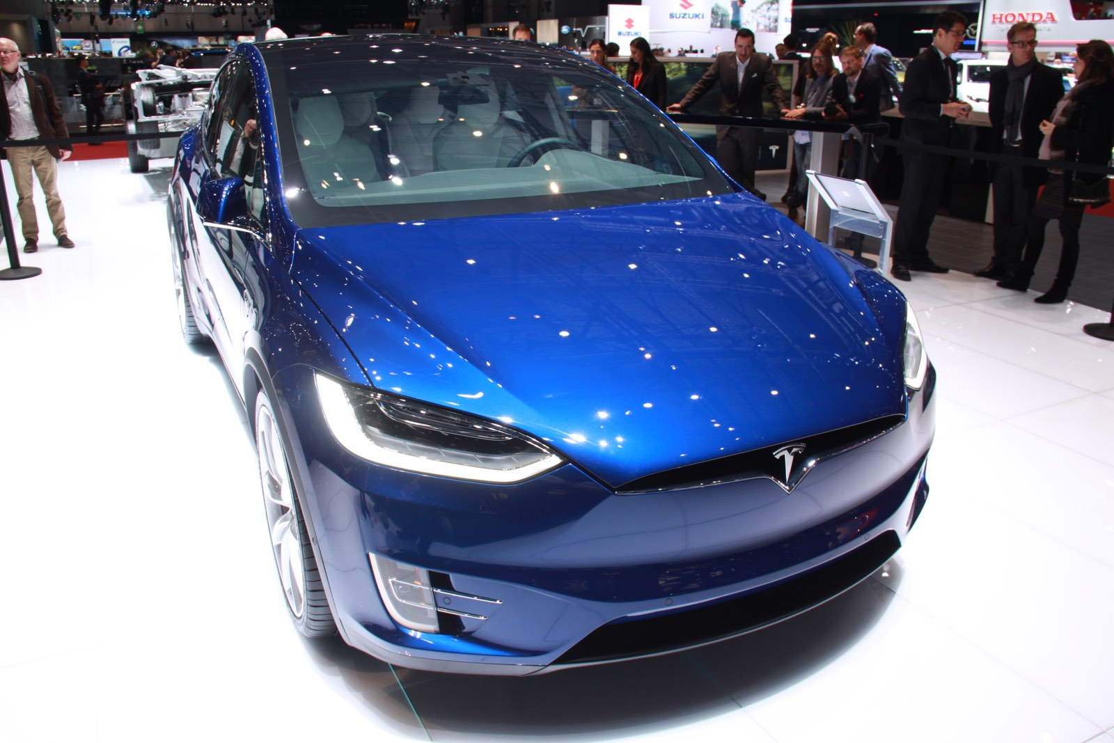 200 000 the amount ford paid for a used tesla model x gtspirit. Black Bedroom Furniture Sets. Home Design Ideas