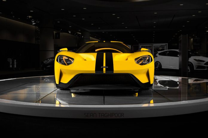 Yellow Ford GT (3)