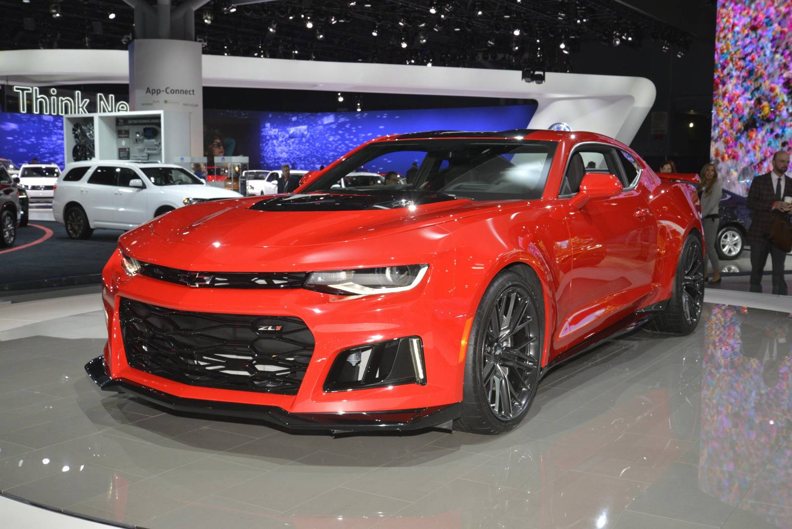 new york 2016 chevrolet camaro zl1 coupe and convertible. Black Bedroom Furniture Sets. Home Design Ideas
