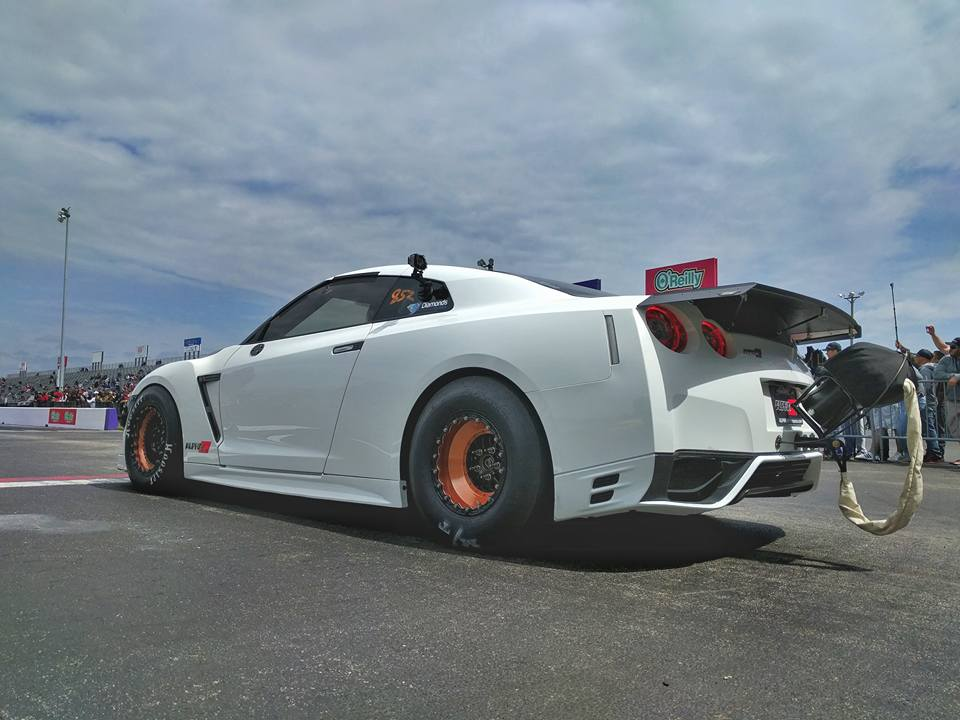 alpha g the beastly 2500hp nissan gt r by ams performance gtspirit. Black Bedroom Furniture Sets. Home Design Ideas