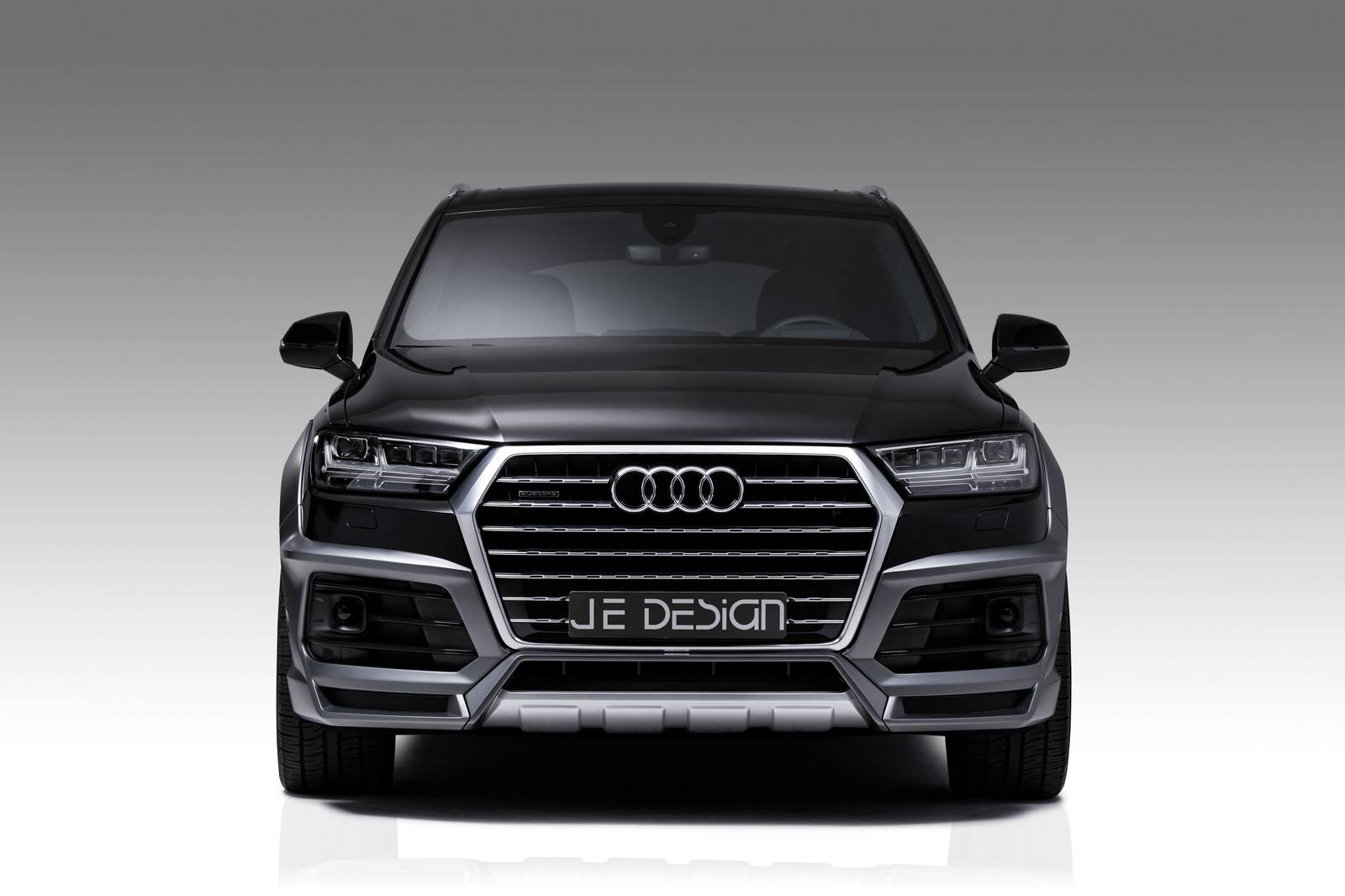 official audi sq7 and q7 widebody by je design gtspirit. Black Bedroom Furniture Sets. Home Design Ideas