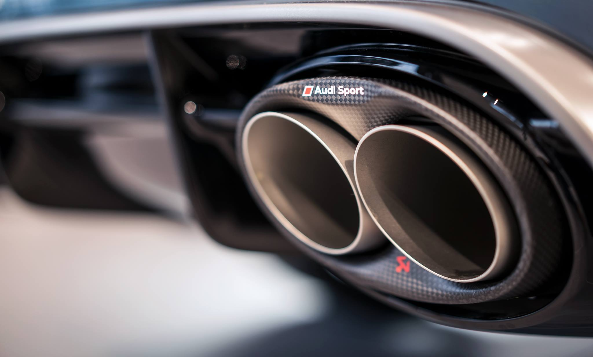 Akrapovic Amp Audi Sport Offer Titanium Exhaust For The Audi