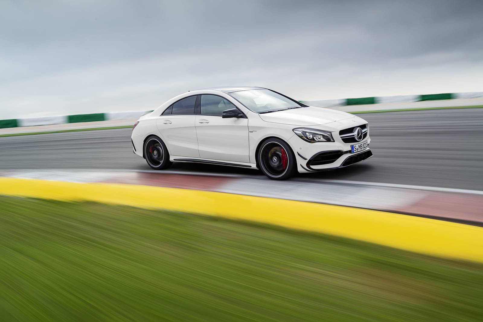 Official 2017 Mercedes Amg Cla 45