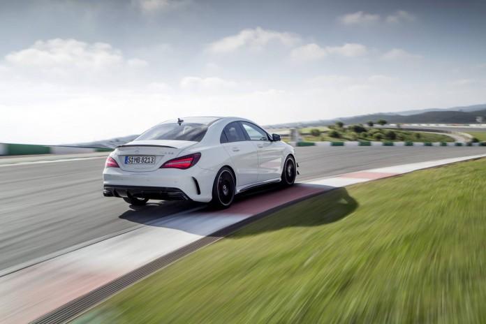2017 Mercedes-AMG CLA 45