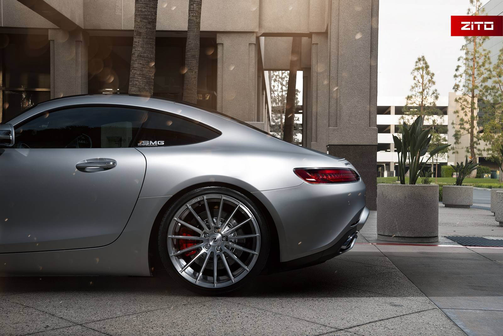 iridium silver mercedes amg gt s on brushed clear zito. Black Bedroom Furniture Sets. Home Design Ideas