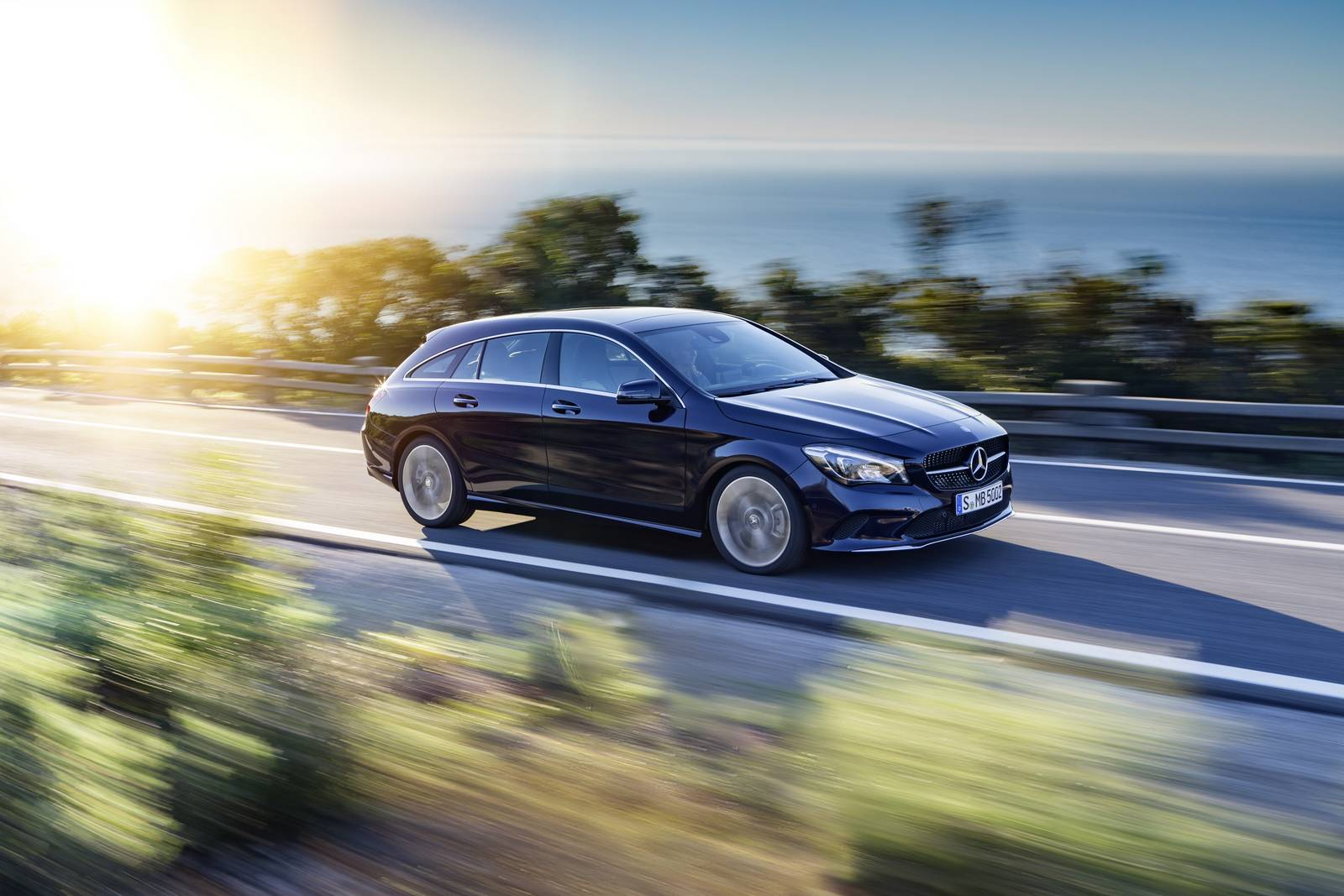 Official 2017 mercedes benz cla and cla shooting brake for 2016 mercedes benz cla