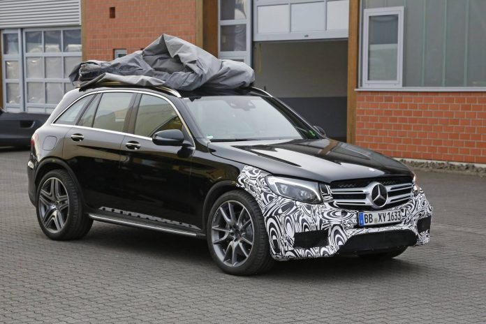 2017 Mercedes-AMG GLC 63 Spy Shots