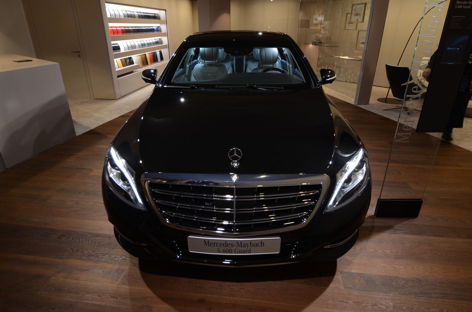 geneva 2016 mercedes maybach s600 guard gtspirit. Black Bedroom Furniture Sets. Home Design Ideas