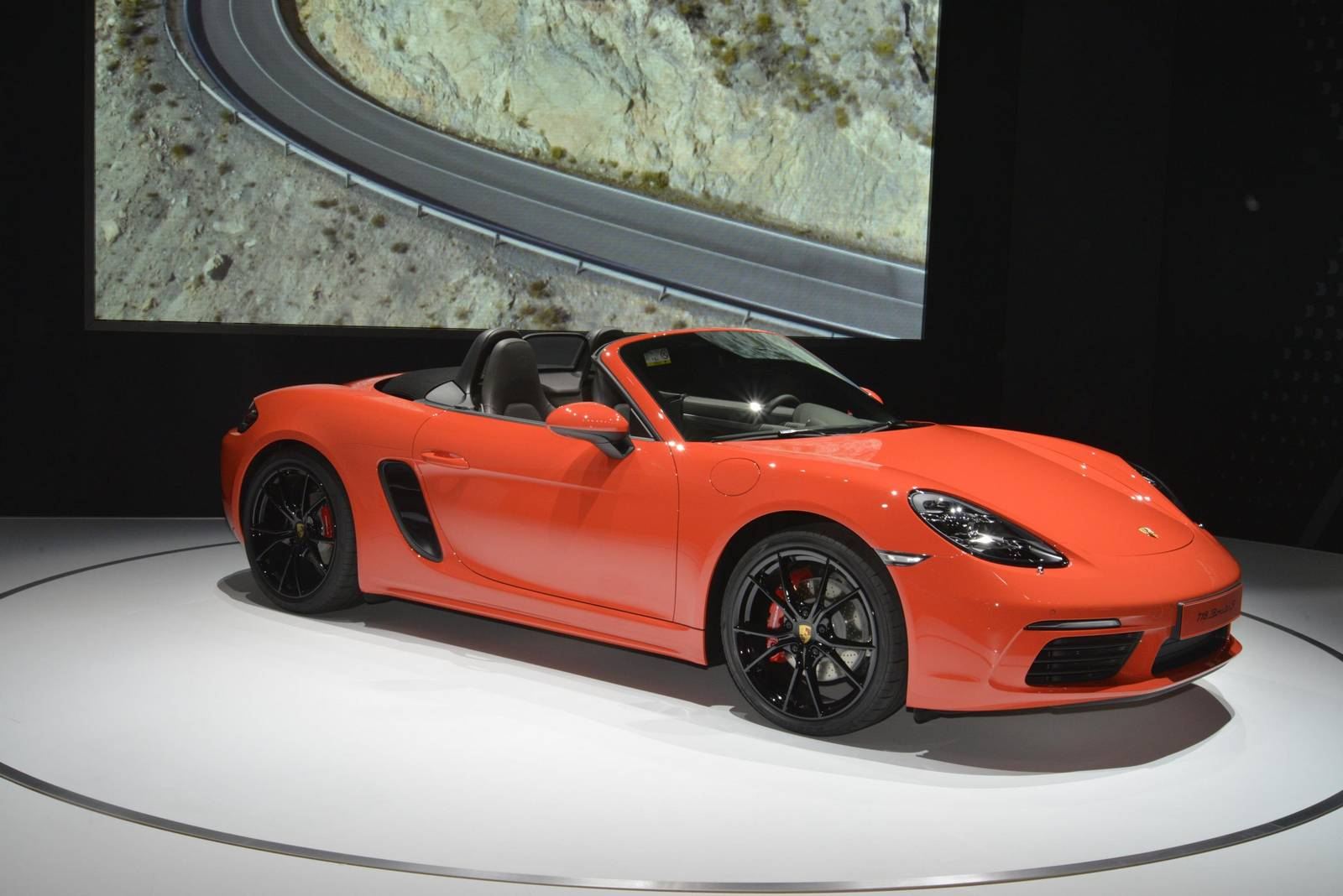 new york 2016 porsche 718 boxster gtspirit. Black Bedroom Furniture Sets. Home Design Ideas