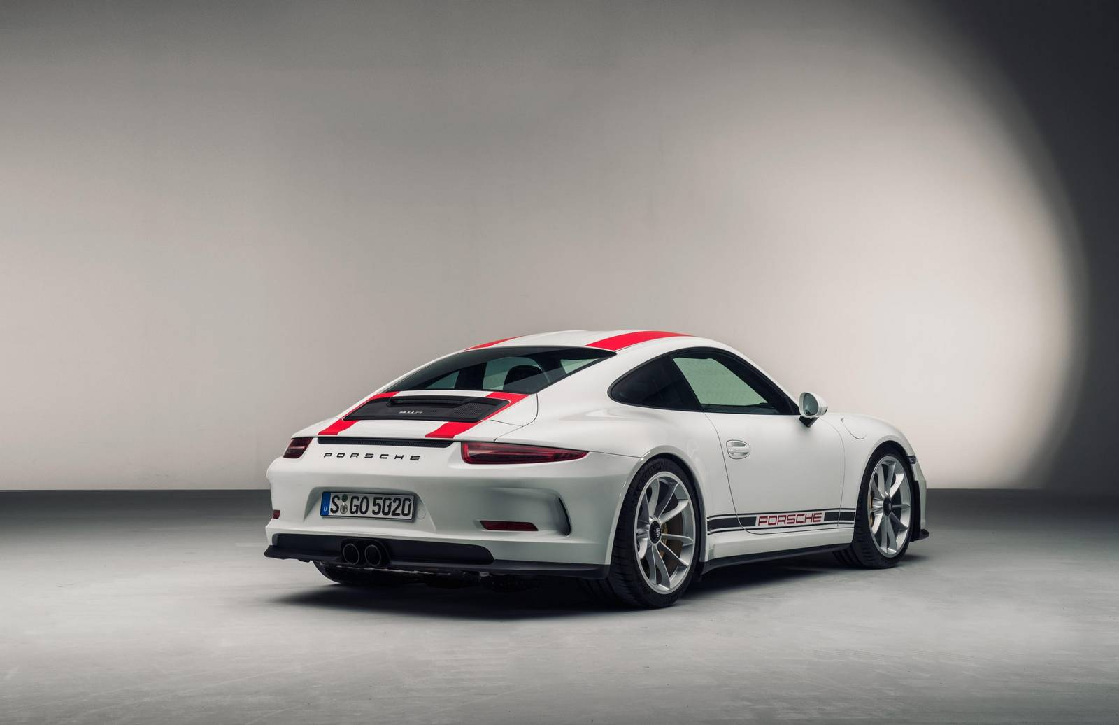 official 2017 porsche 911 r gtspirit. Black Bedroom Furniture Sets. Home Design Ideas