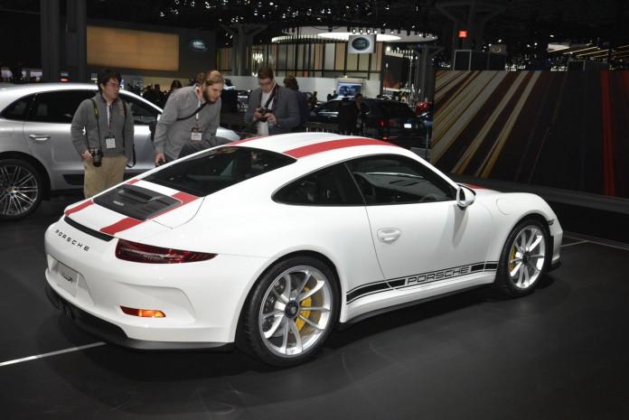 Porsche 911 R (4)