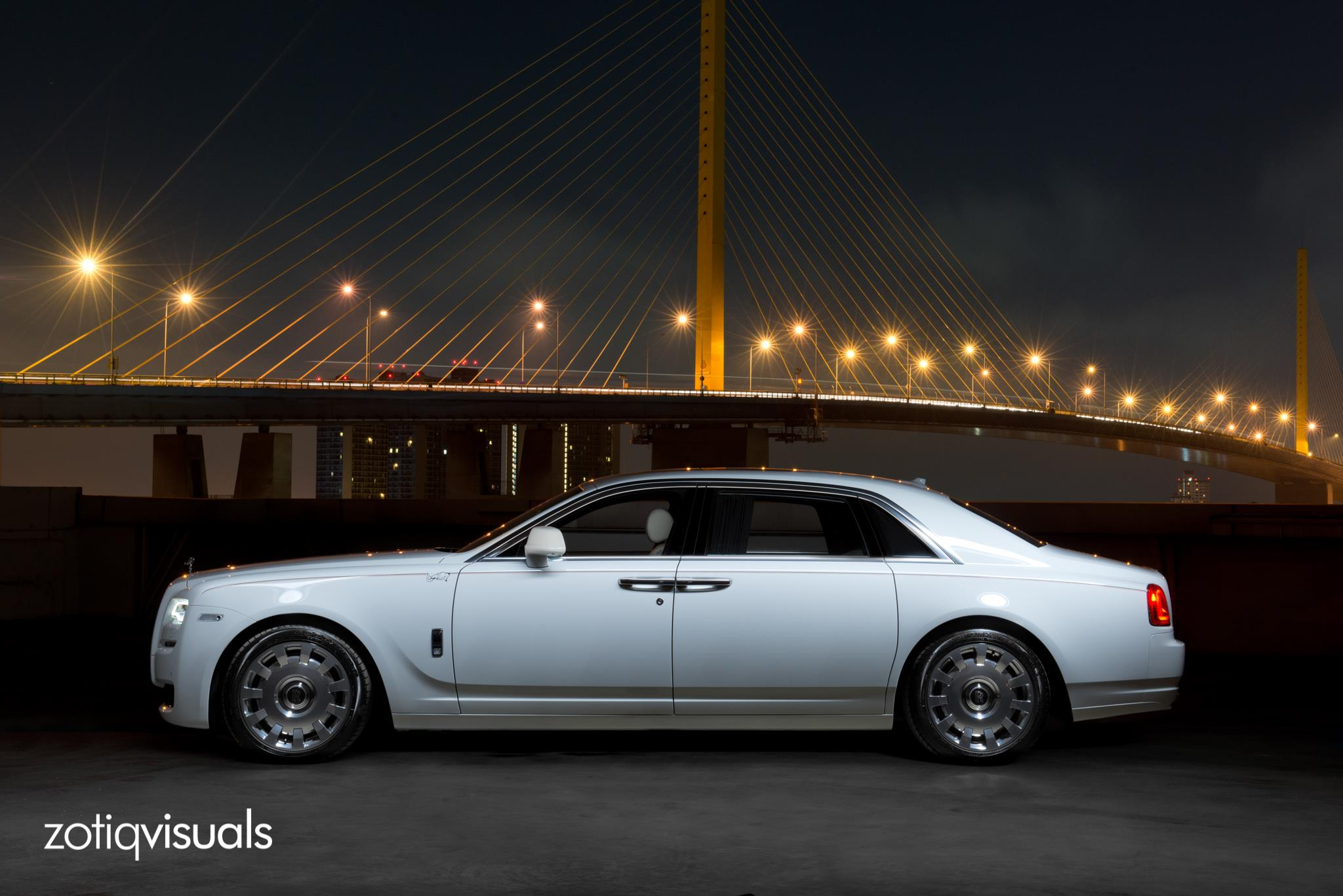 1 of 1 rolls royce ghost ewb kochamongkol for thailand gtspirit. Black Bedroom Furniture Sets. Home Design Ideas