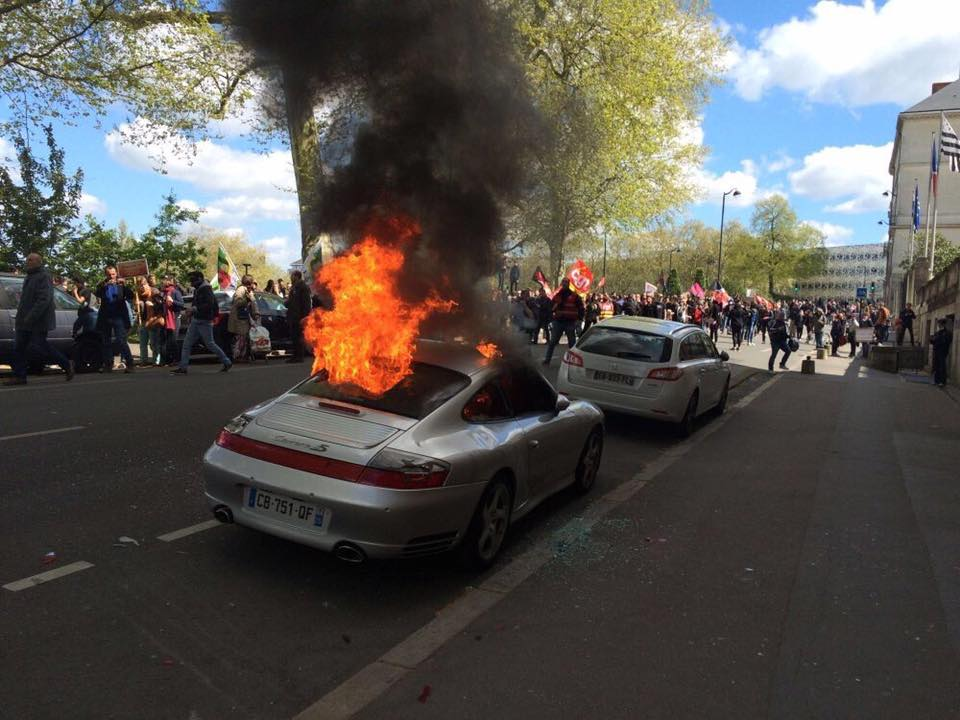 Porsche 911 Set on Fire by Angry Protestors in France , GTspirit