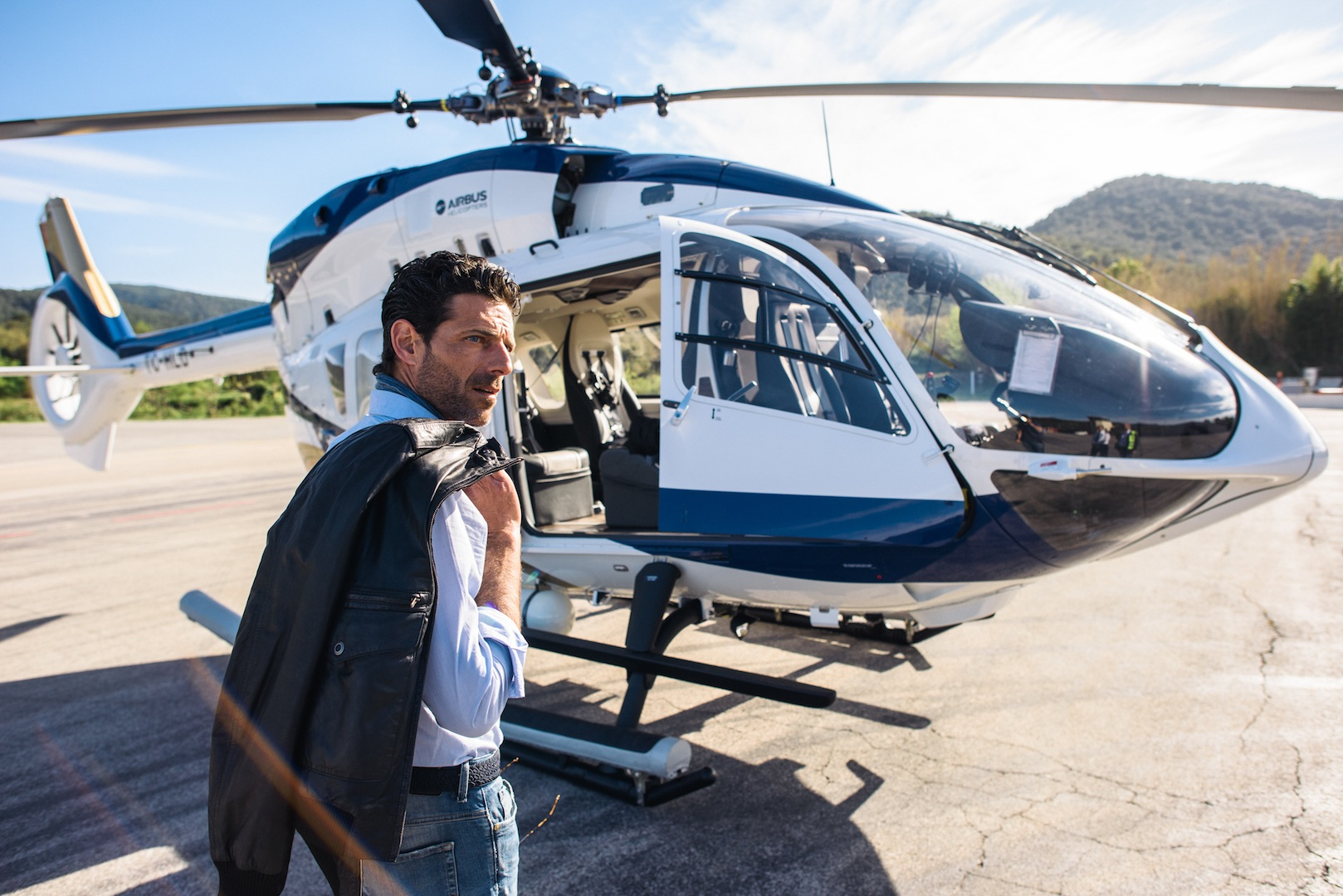 Airbus helicopters h145 by mercedes benz style review for Mercedes benz helicopter price