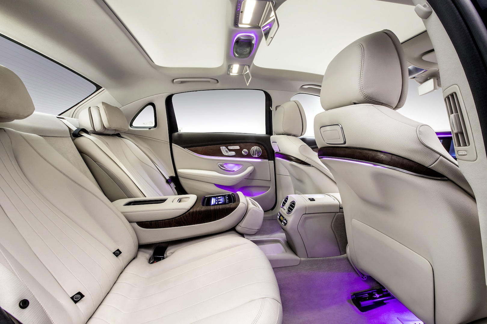 Official 2017 Mercedes Benz E Class Long Wheelbase Gtspirit