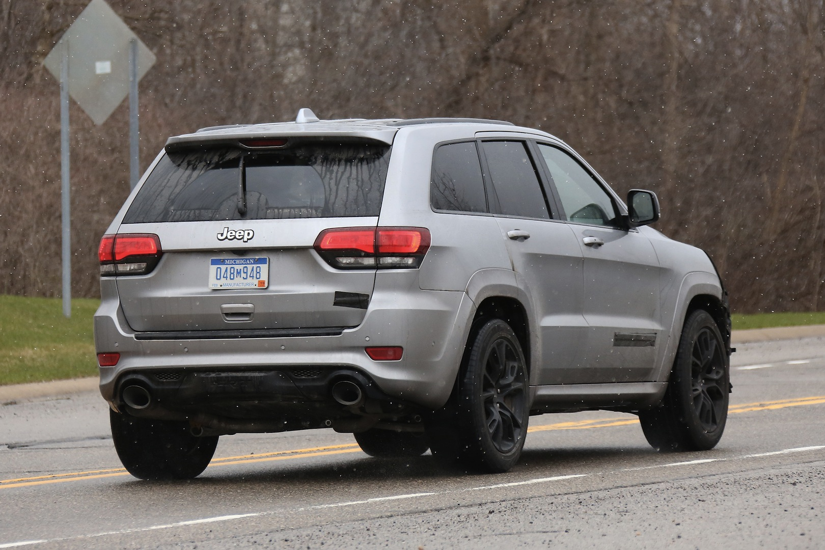 Jeep Grand Cherokee Hellcat Latest Spy Shots Gtspirit
