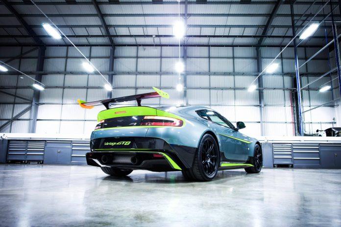 Aston Martin Vantage GT8 (5)