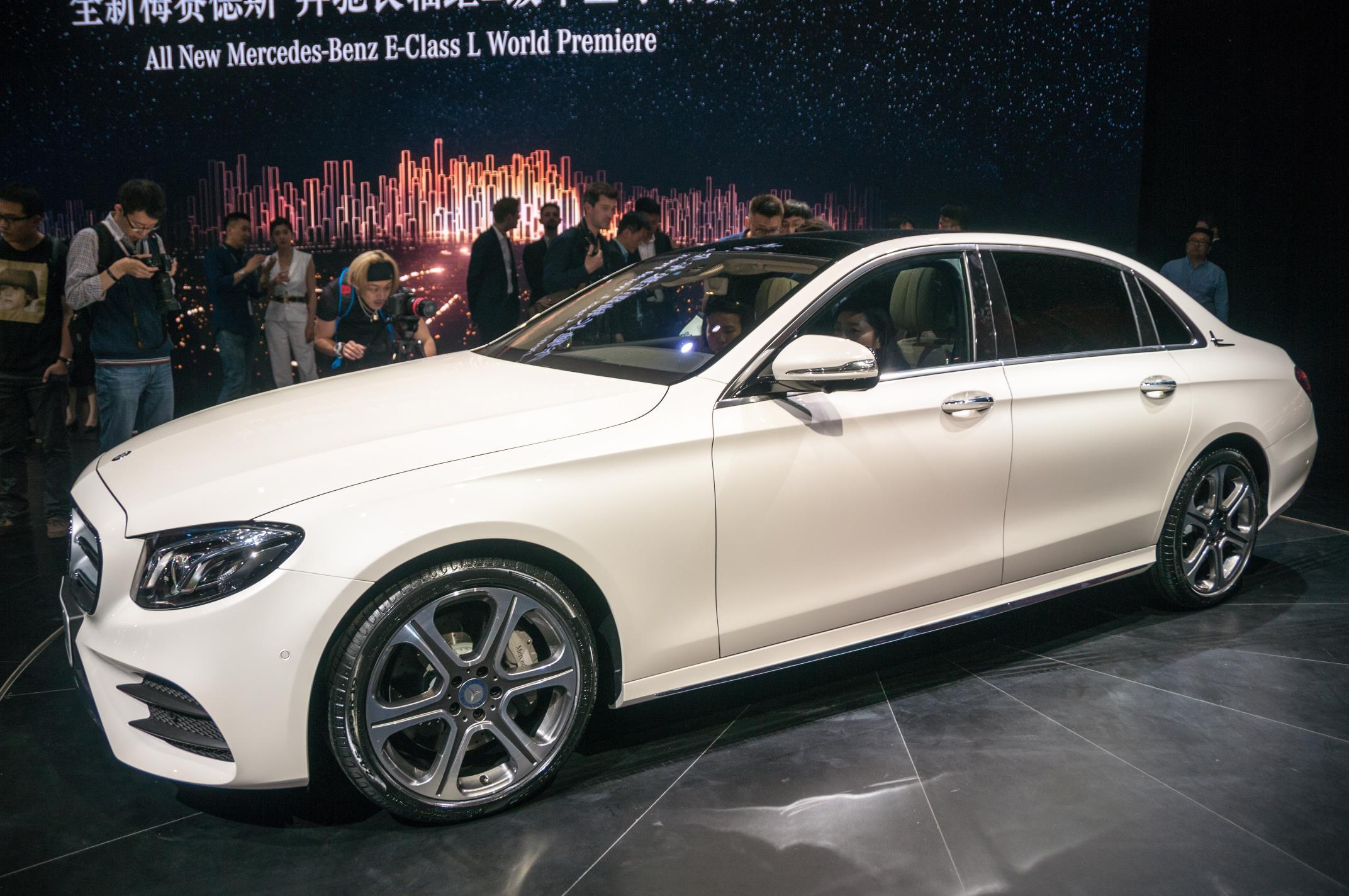 Beijing 2016 mercedes benz e class lwb gtspirit for Mercedes benz long