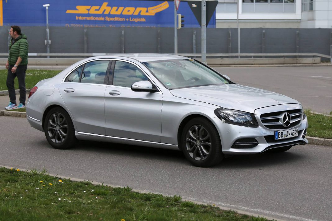 2018 mercedes benz c class facelift spy shots gtspirit for Mercedes benz c class pictures