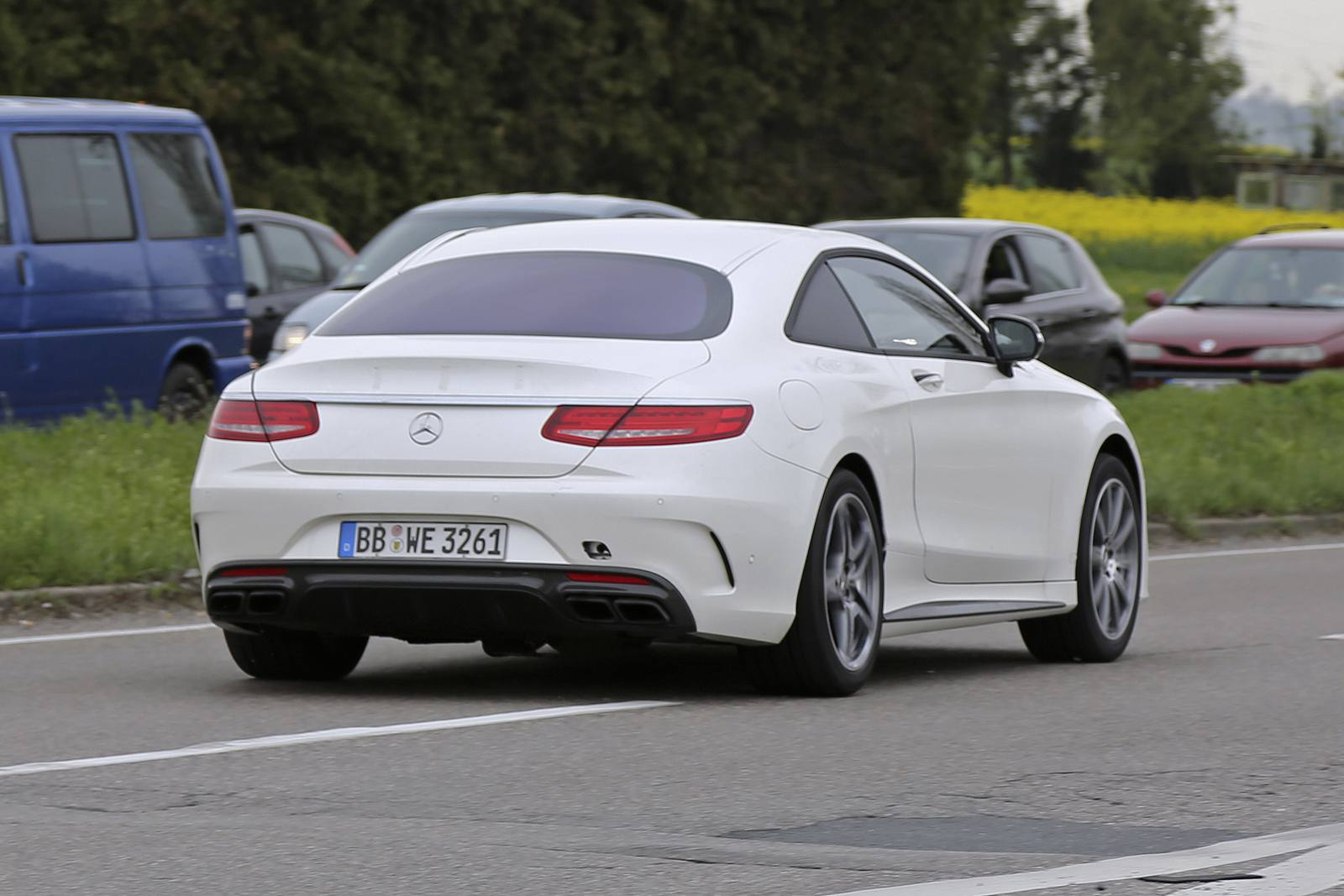 2018 mercedes benz e class coupe test mule spy shots for Mercedes benz e320 coupe