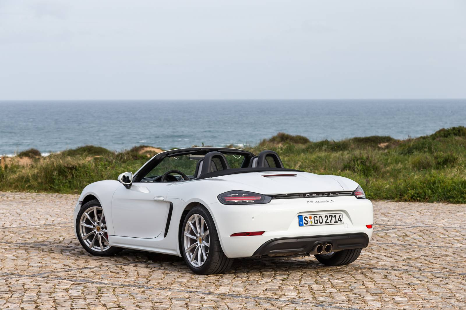 2017 porsche 718 boxster review gtspirit. Black Bedroom Furniture Sets. Home Design Ideas