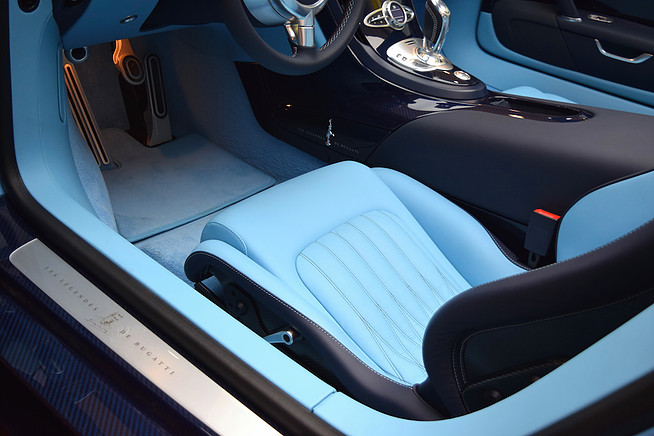 1 of 3 bugatti veyron jean pierre wimille edition for sale in saudi arabia. Black Bedroom Furniture Sets. Home Design Ideas