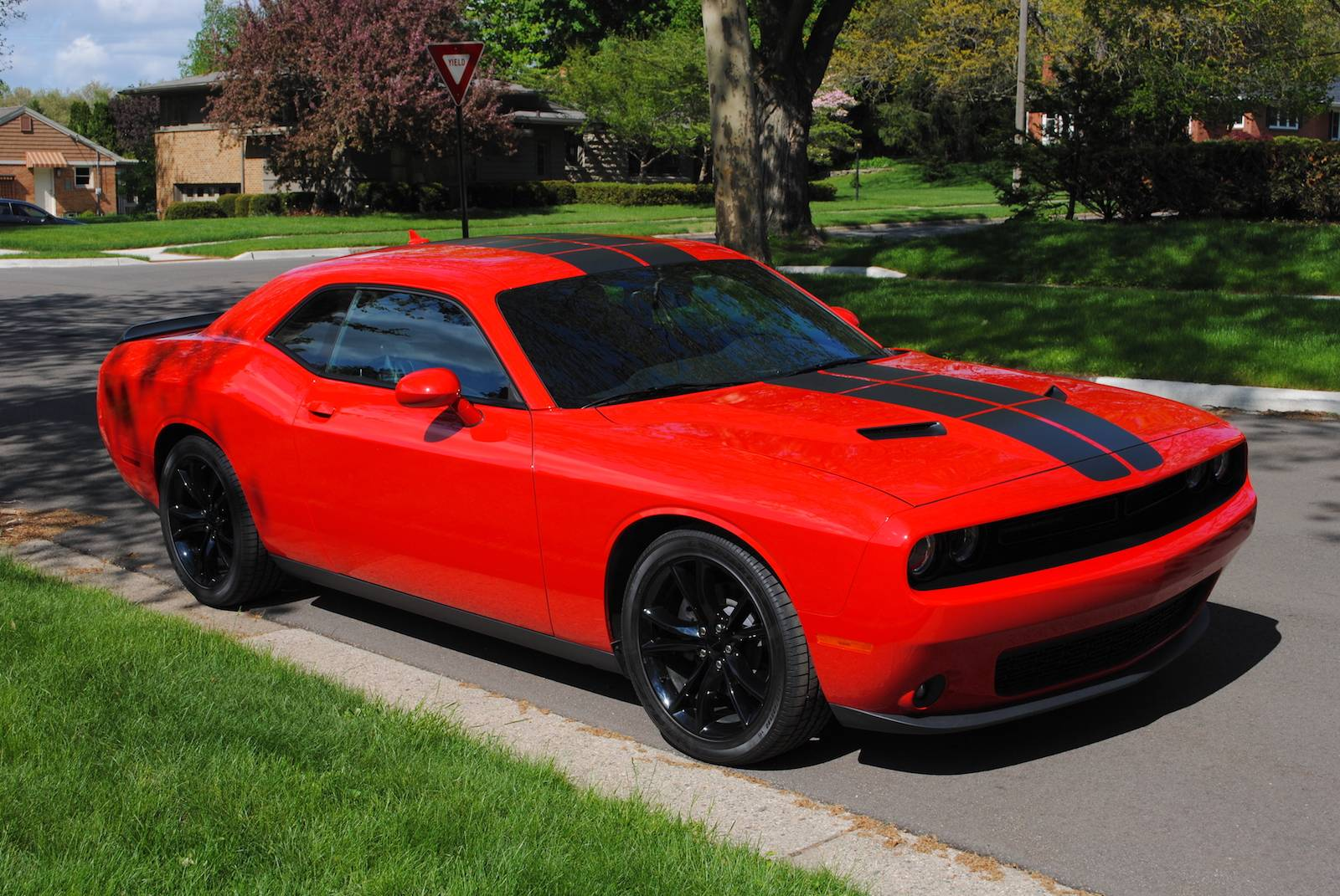 dodge challenger sxt plus review autos post. Black Bedroom Furniture Sets. Home Design Ideas
