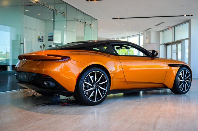 Aston Martin DB11 (27 of 53)